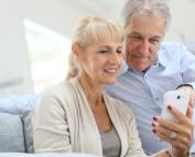 Senioren Handy Smartphone - connect45plus